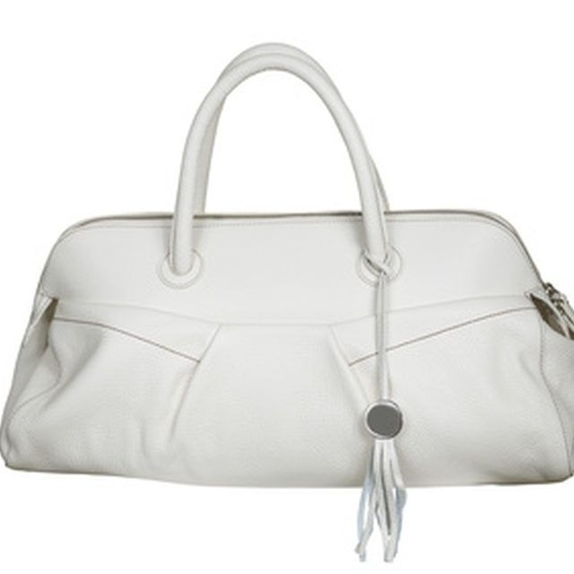 White Leather Purses Can Be Cleaned Easily.