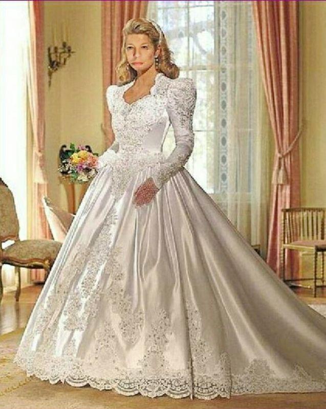 38 best brautkleider images on pinterest short wedding gowns wedding dress and bridal dresses. Black Bedroom Furniture Sets. Home Design Ideas