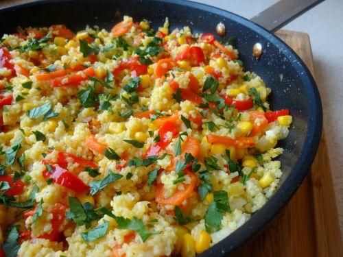 Kasza jaglana z warzywami z patelni