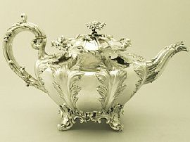 A magnificent, fine and impressive antique Victorian English sterling silver teapot made by Edward, Edward junior, John & William Barnard; an addition to our range of collectable silver teaware. SKU: W8898 Price: GBP £1,695.00 http://www.acsilver.co.uk/shop/pc/Sterling-Silver-Teapot-Antique-Victorian-49p6222.htm#.U7QDIEBXoUM