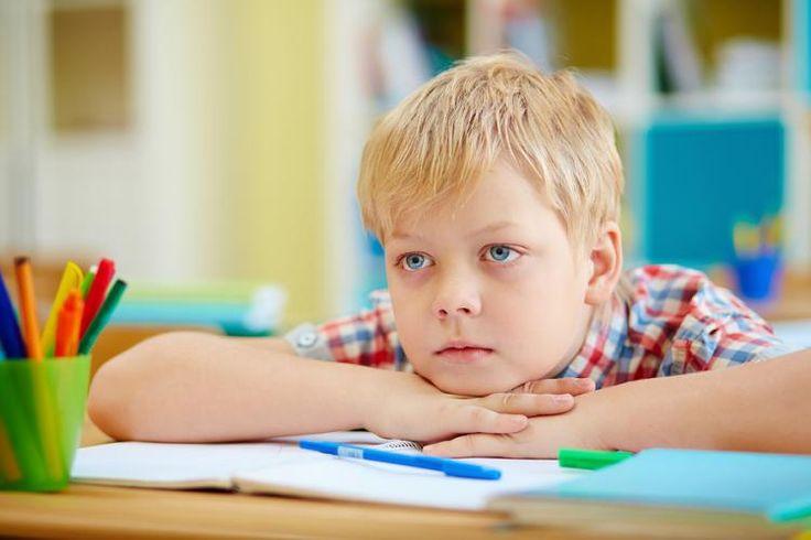 Neúspech je jednou z najčastejších vecí, z ktorej majú deti v škole strach. Je preto dôležité povedať im, že neúspech je pre naše zlepšovanie nevyhnutný. Podávať im kritiku vhodne a motivovať ich ňou k zlepšeniam a nie apatii.