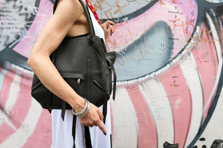 Vestròs leather bag.  As seen here: http://www.enriescielzo.com/2015/08/giffoniexperience-rendete-straordinaria.html