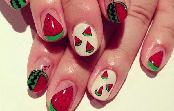 Diseños de uñas de sandía, diseño de uñas de sandía a mano.  Follow! #uñasbonitas #nailsCLUB #uñasdeboda