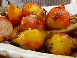 Roasted beets with balsamic, garlic and rosemary. Making this tonight!