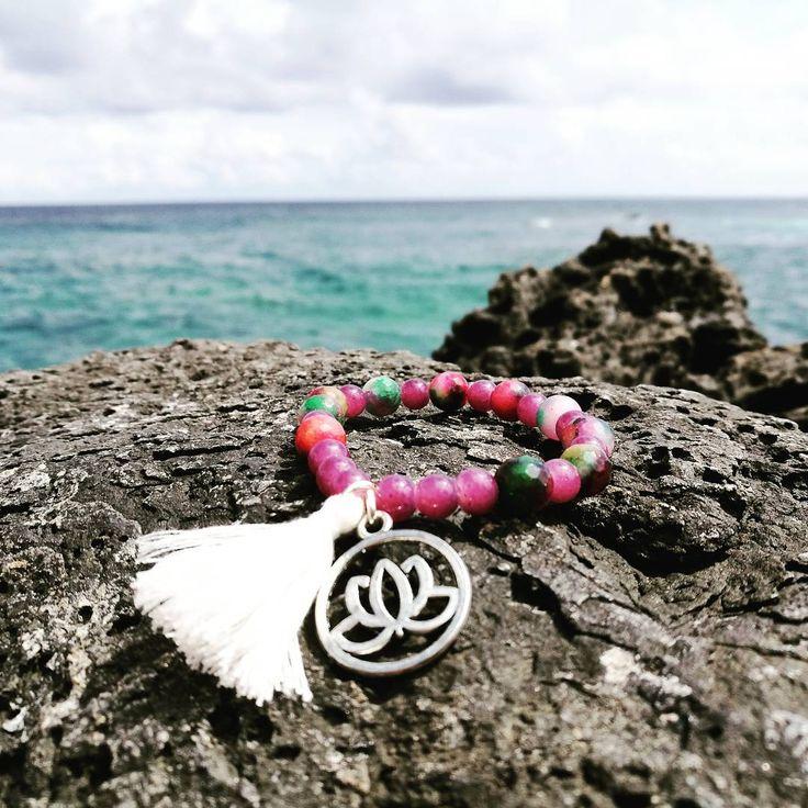 "19 Me gusta, 1 comentarios - Yantra Yewelry (@yantra_jewelry) en Instagram: ""Brazalete piedras Naturales / Fluorita / Borla / Loto  #yantra_jewelry #yantra #piedrasnaturales…"""