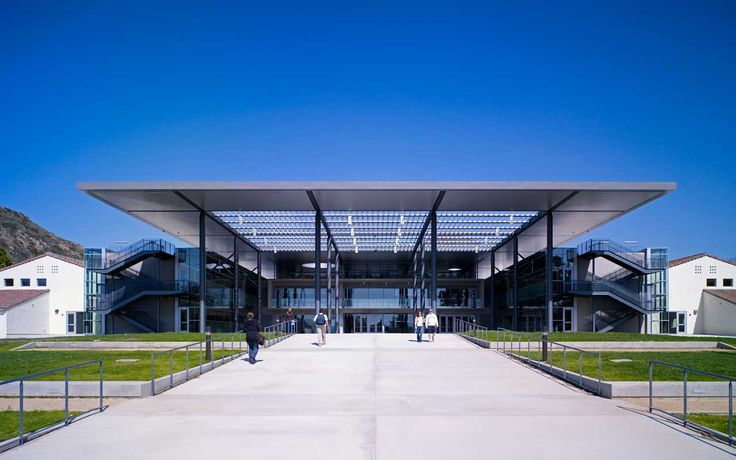 Foster + Partners designed the campus masterplan of California State University…