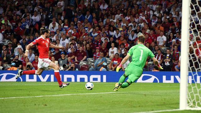 La selección de Gales logró un histórico pase a los octavos de final de la Eurocopa 2016, este l...