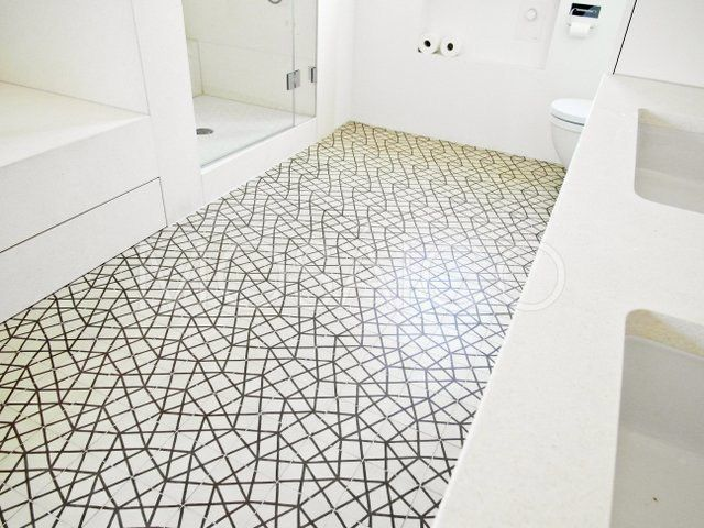 In der Fotogalerie Badezimmer finden Sie passenden Beispiele zum Verlegen von Zementfliesen für Ihr eigenes Projekt. Jetzt anschauen ➨