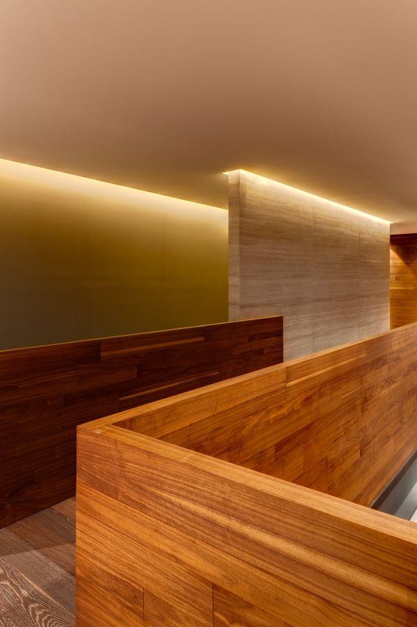 Modernes Appartement MAP MX Indirekte Beleuchtung Flurgang