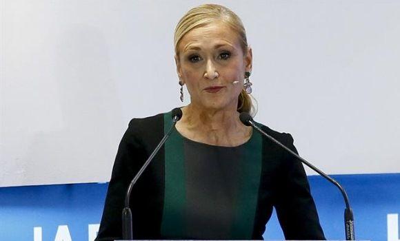 """Cifuentes califica de """"traiciones de compañeros"""" los casos de corrupción en el PP"""