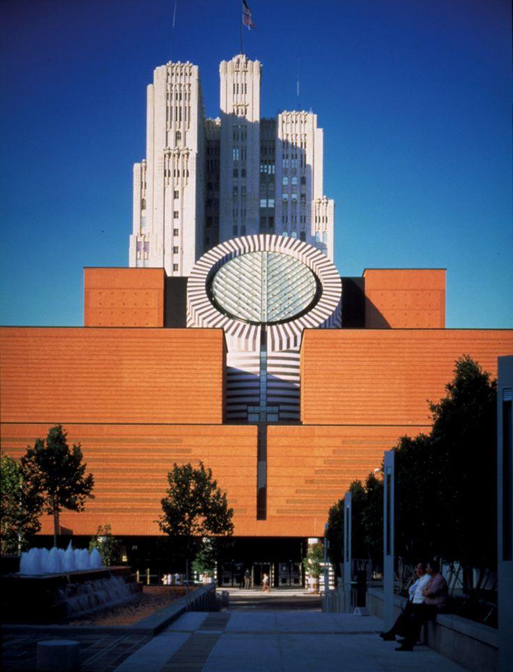 Museum of Modern Art. San Francisco, California. 1995. Mario Botta - (FECHADO PARA EXPANSÃO)