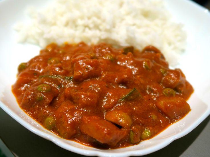 Robi na kari se zeleninou a rýží / Robi curry with veggies and rice