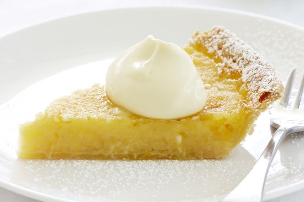 Make a perfect lemon tart with this easy recipe.