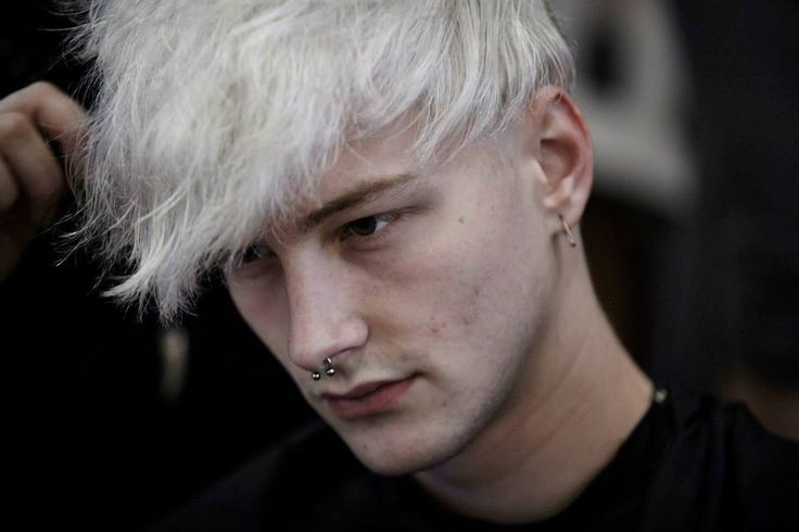 Benjamin Jarvis @ Timo Weiland SS15 backstage. ▲- †