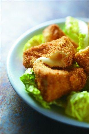 Beignets croustillants de camembert - Larousse Cuisine