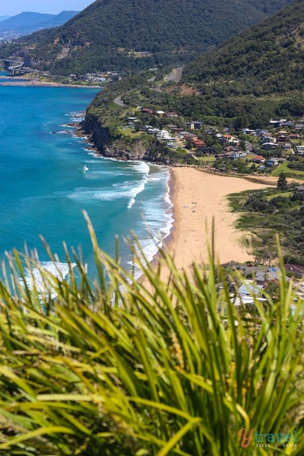 Overlooking Stanwell Park Beach on the Grand Pacific Drive