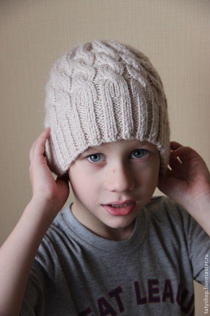 Одежда унисекс ручной работы. Ярмарка Мастеров - ручная работа Шерстяная шапка с косами Бежевая. Handmade.