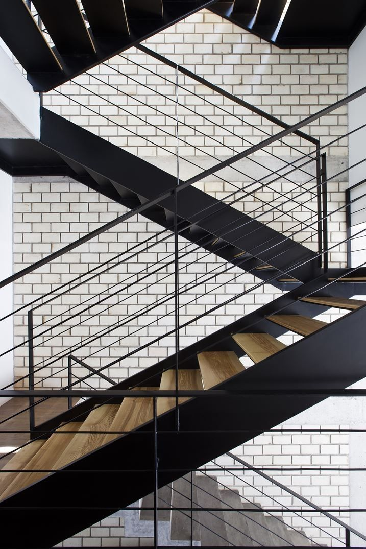 Contemporary Stairs Design 22