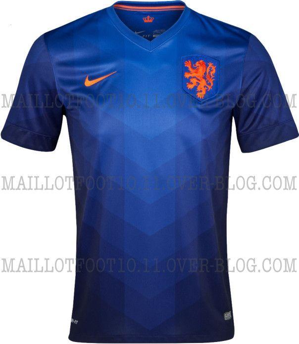 Camisa reserva da Holanda volta a ser azul - http://www.colecaodecamisas.com/camisa-reserva-da-holanda-volta-ser-azul/ #colecaodecamisas #Copadomundo2014, #Nike