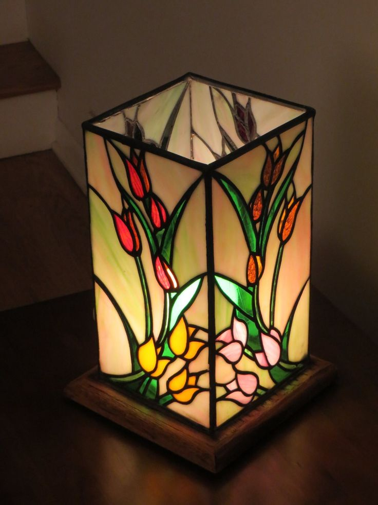 Cool lighting stained glass lamps tiffany lamps glass boxes joan walsh stains light design glass vase tulip