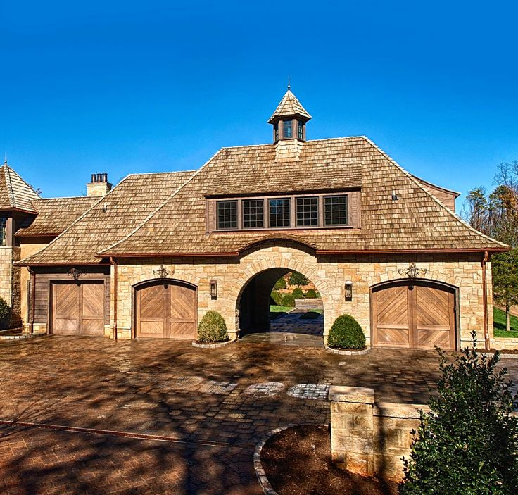 garages..... Imagine this as your garage and walk through the arch into your house .....which could be beyond.....cool