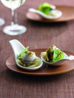 Een overheerlijke lepelhapje van witloof met ansjovis, die maak je met dit recept. Smakelijk!
