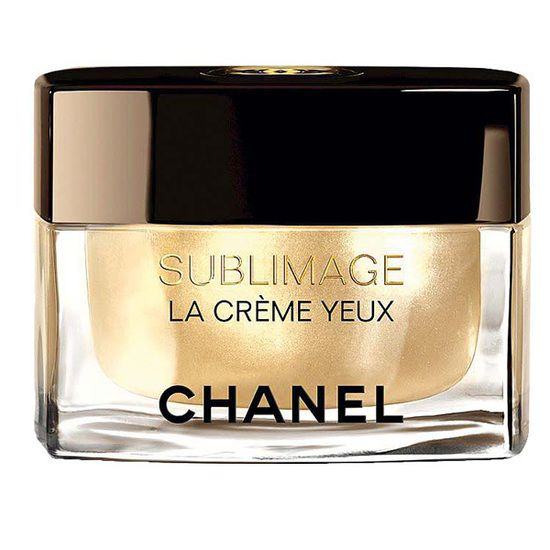 Esenţă polivalentă Crema de ochi Sublimage, Chanel, 665 lei, nu doar luptă cu semnele trecerii timpului, dar acţionează instantaneu şi asupra semnelor de oboseală, a cearcănelor şi pungilor supărătoare. Pielea este imediat mai luminoasă şi mai catifelată. Un produs de referinţă!