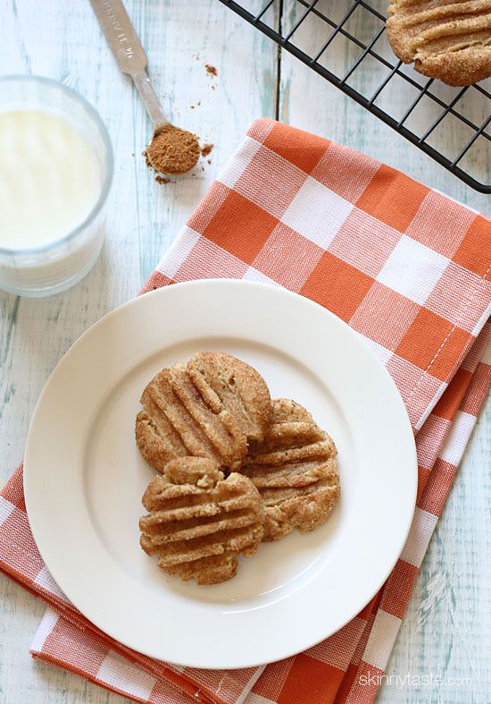 Pumpkin Spice Snickerdoodles - 3sp! Seems like a good idea for Thanksgiving - or maybe even Christmas cookies this year!