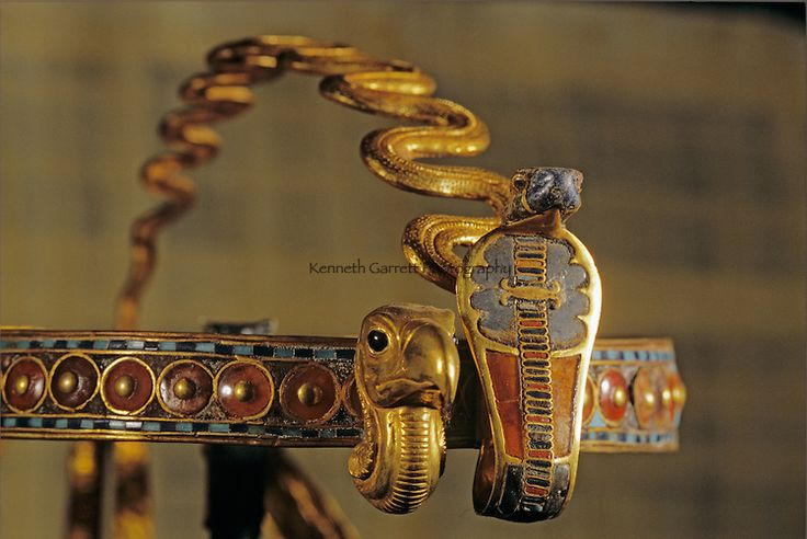 The Curse Of King Tuts Tomb Torrent: 82 Best Images About Expo Tutankhamn And The Golden Age Of