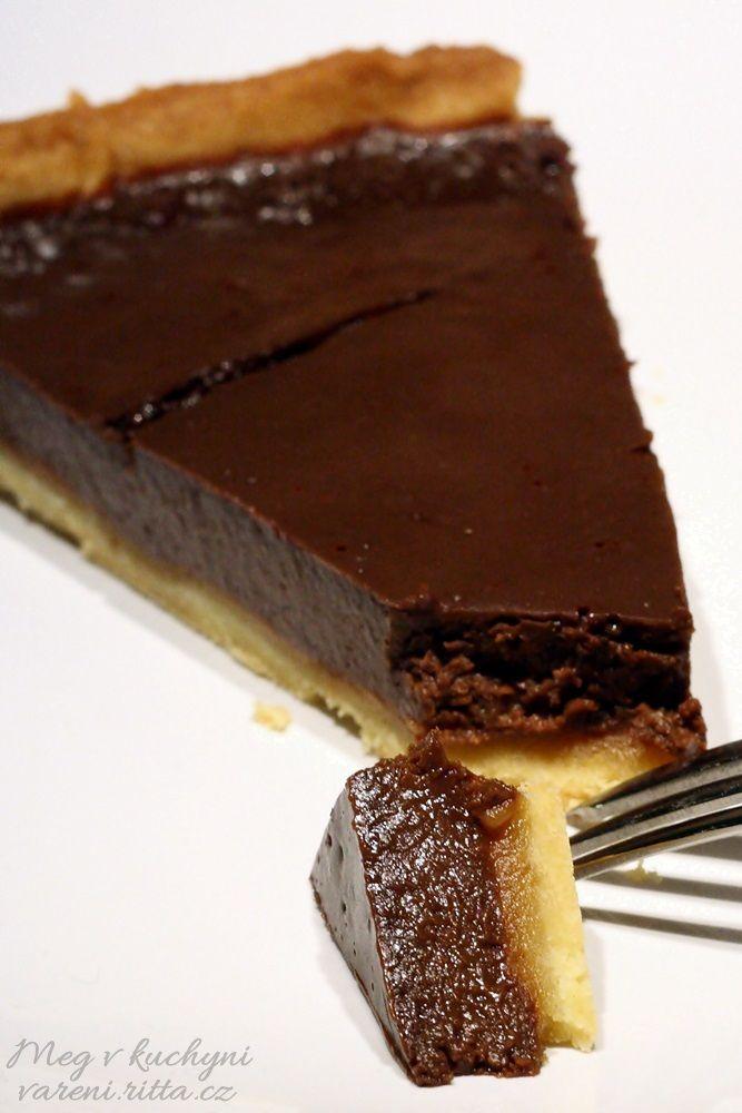 Koláč s karamelem a čokoládou