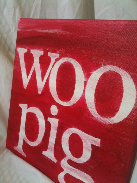 Wooo pig sooie...Razorbacks! Thinking this would go great in Michaels room