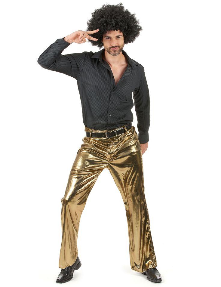Gouden broek voor heren: Deze gouden broek is voor volwassenen. Sluiting bestaat uit een rits en een haak. De soepele stof zorgt voor een aangenaam gevoel bij het dragen van deze.Kan gedragen worden met een riem indien...