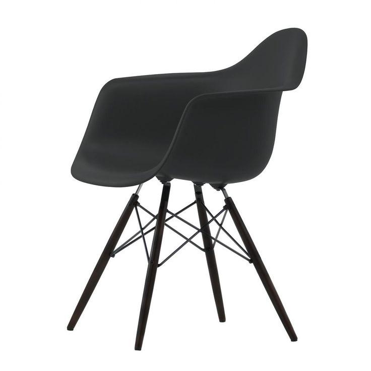 Eames Plastic Armchair DAW Maple Black   Vitra   AmbienteDirect.com