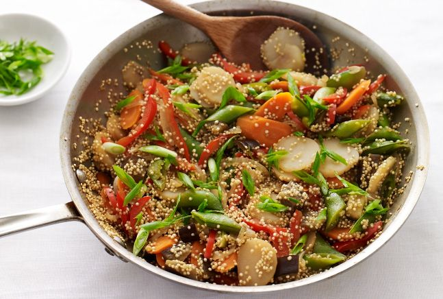 Asian Vegetables with Quinoa - perfect veggie and starch side or vegetarian entreeQuinoa Recipe, Meatless Mondays, Quinoa Dishes, Recipe Vegetarian, Asian Vegetables, One Skillets Recipe, Food Vegetarian, Quinoa Skillets, Jamie Geller
