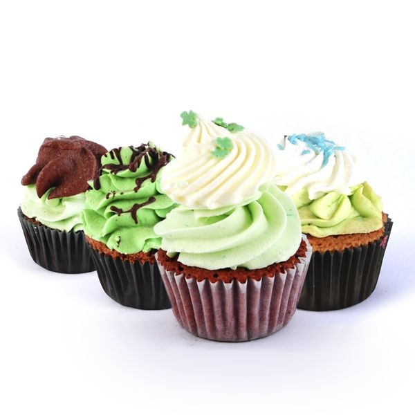 Saint Patrick Cupcake Box. Surtido variado de deliciosas cupcakes de chocolate. Encuentra este producto de 'The Cake's Garden' en Loikos.