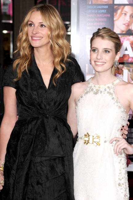 February 8, 2010    She wears Christian Dior at the Hollywood premiere of Valentine's Day with her niece, fellow actress Emma Roberts.