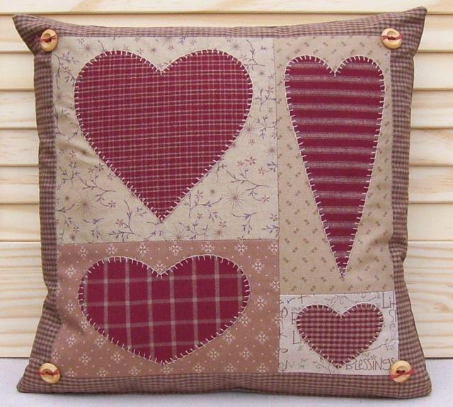 Pattern prim linz country hearts cushion pattern - Cojines de patchwork ...