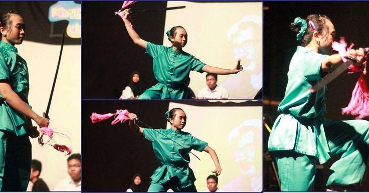 "FASBuK Bulan Februari 2017 Merenda Untaian Karya Mengenang ""Aryo Gunawan"" @teaterstudioone_  FASBuK Asik... . . . #fasbuk #indonesiakaya #seputarkudus #sangswara #teaterkuncupmekar #instagram #sastra #musiksastra #aryogunawan #teaterstudioone"