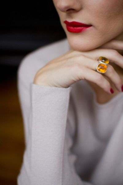 Rouge with amber: Pretty Rings, Statement Rings, Earrings Pron, Engagement Rings Pictures, Amber Rings, Beautiful Rings, Red Lips, Dark Lips, Accessories