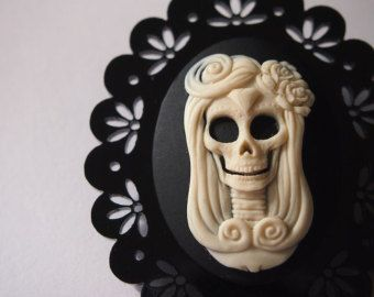 day of the dead skull cameo on black perspex laser cut brooch halloween decorationshalloween - Day Of The Dead Halloween Decorations