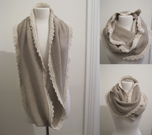 haken en breien gecombineerd in een van de mooiste sjaals die ik ooit zag: hebben!