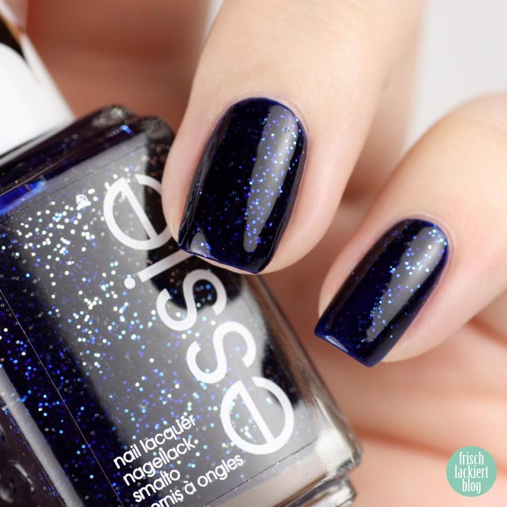 Essie Starry Starry Night – swatch by frischlackiert