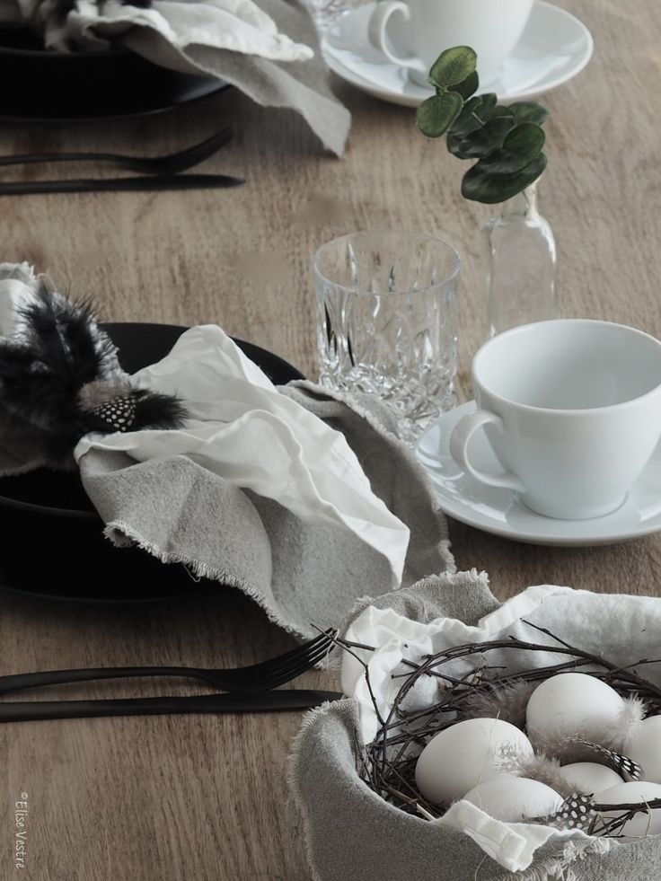 Nordic , table setting
