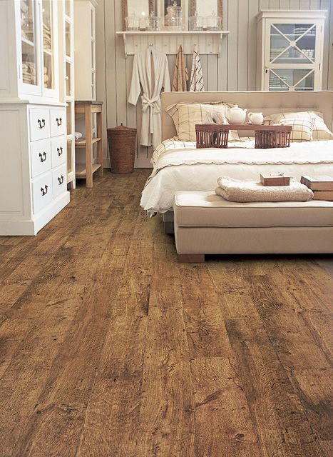Natural looking laminate flooring from Quickstep