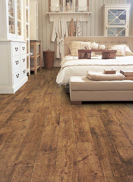Natural looking laminate flooring from Quickstep
