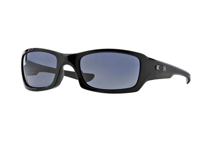 Oakley Fives Squared OO9238 04 Sonnenbrille in polished black   | Manche Sonnenbrillen schützen Ihre Augen, andere schützen Ihr Image. Oakley-Sonnenbrillen schützen Beides. Ein Stil für jeden Geschmack, mit der Technologie für jeden Bedarf. Sonnenbrillen für jede Situation.Gönnen Sie sich eine...