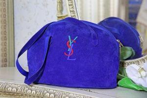 Blå Mockaväska från Yves Saint Laurent - La Reine Inredningar
