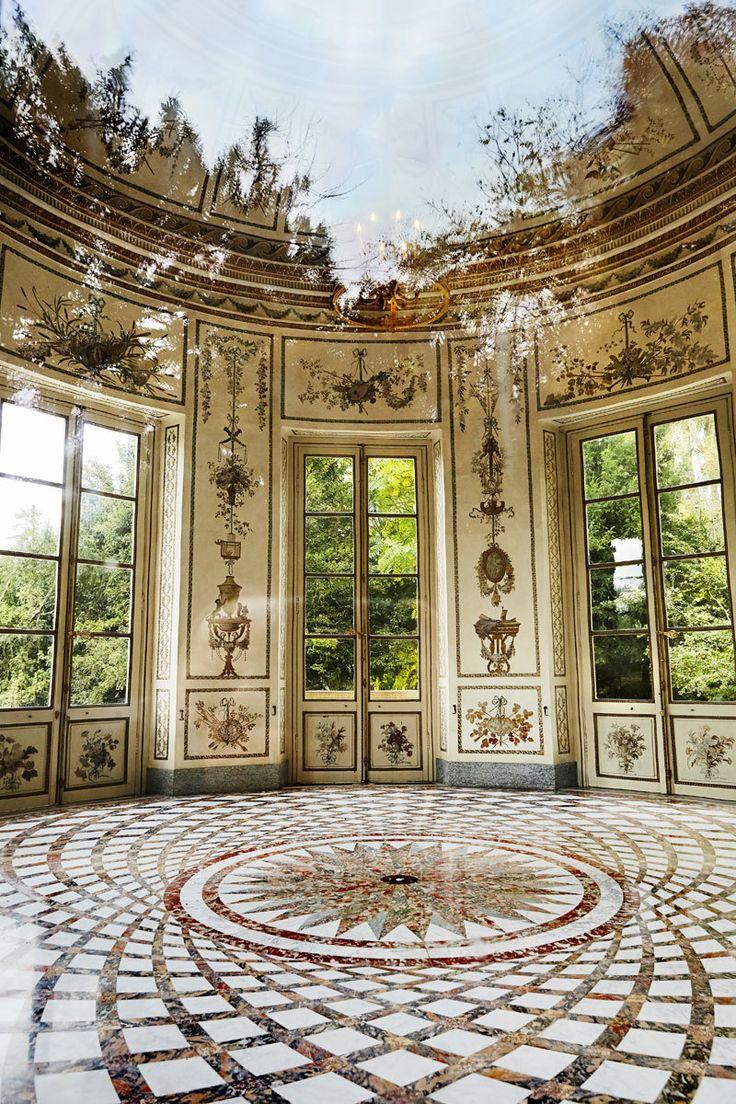 Le Petit Trianon.