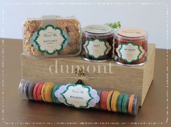 We're excited to anounce our exclusive line of Lebaran Hampers. Each package is made only in limited quantity. All cake and cookies are fr...
