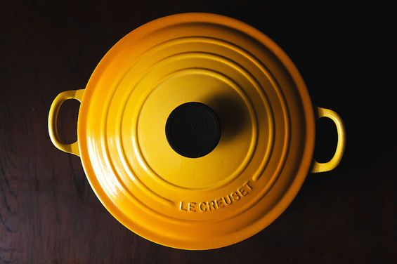 Le Creuset Cleaning Stains : How to clean the burned bottom of a le creuset pot